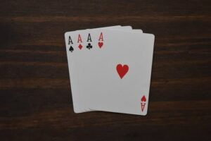 Dealing with Losses in Playing Poker Online